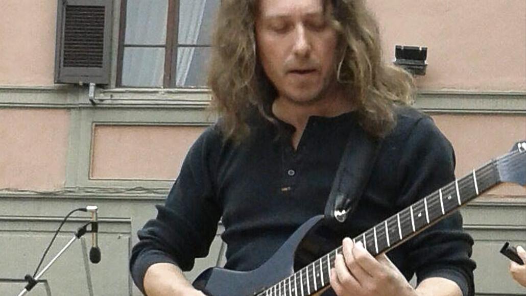 FABRIZIO NESTA – insegnante di chitarra